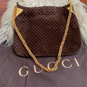 GUCCI Vintage 💯 AUTH brown suede w/gold chain bag